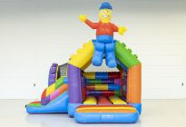 Bouncy+castle+with+slide+blocks 2205852 (1)